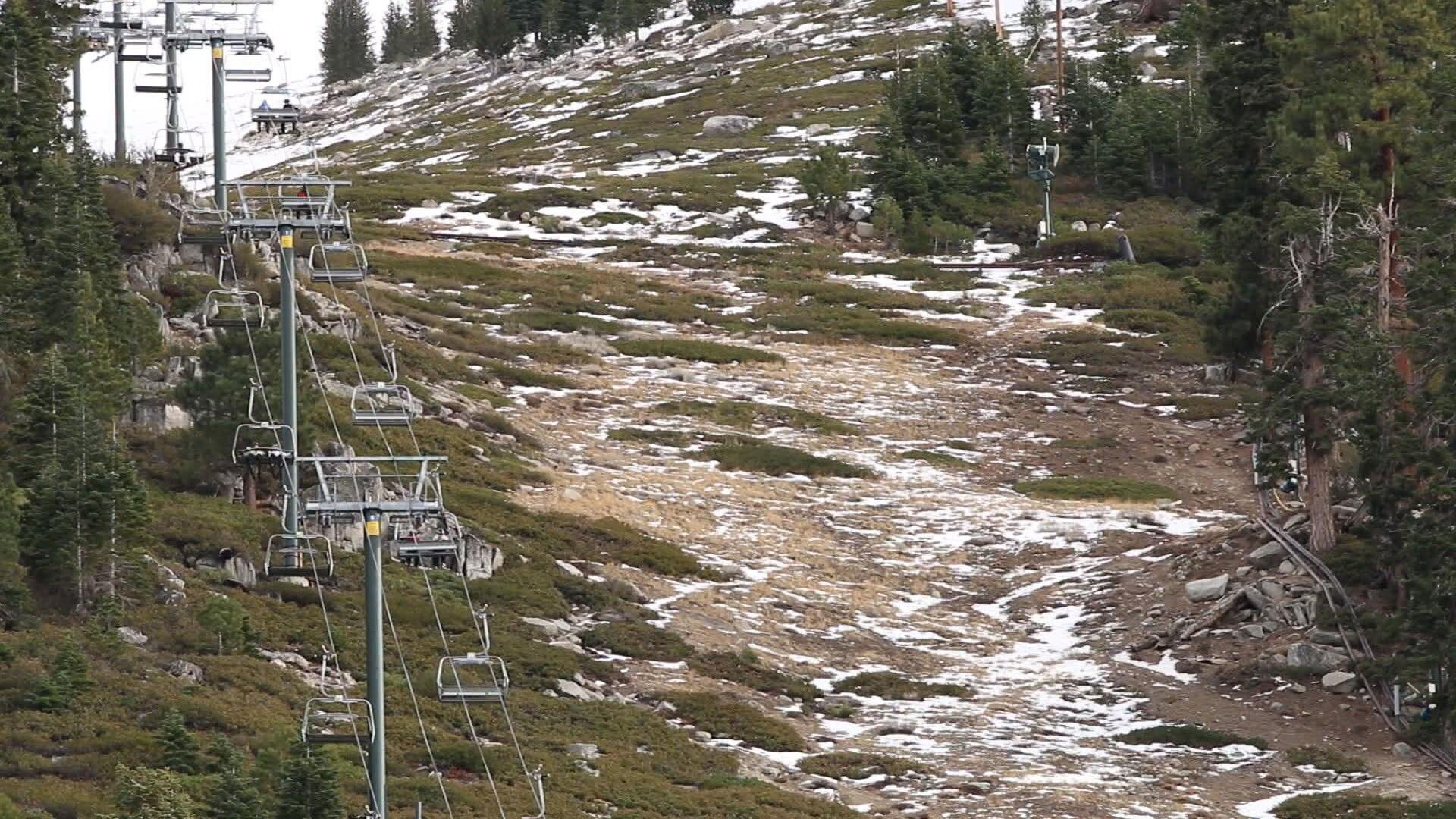 Photo of Entro il 2100 le Alpi avranno il 70% di neve in meno