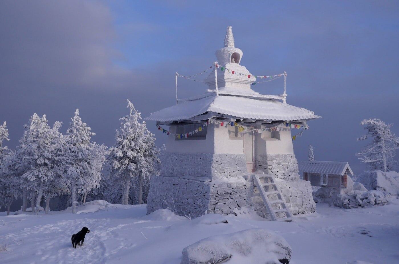 Photo of Il tempio buddista dei monti Urali minacciato dalle cave minerarie