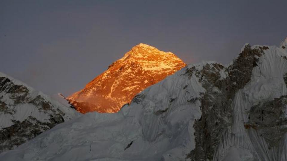 Photo of Il più alto hotspot WiFi del mondo al campo base dell'Everest