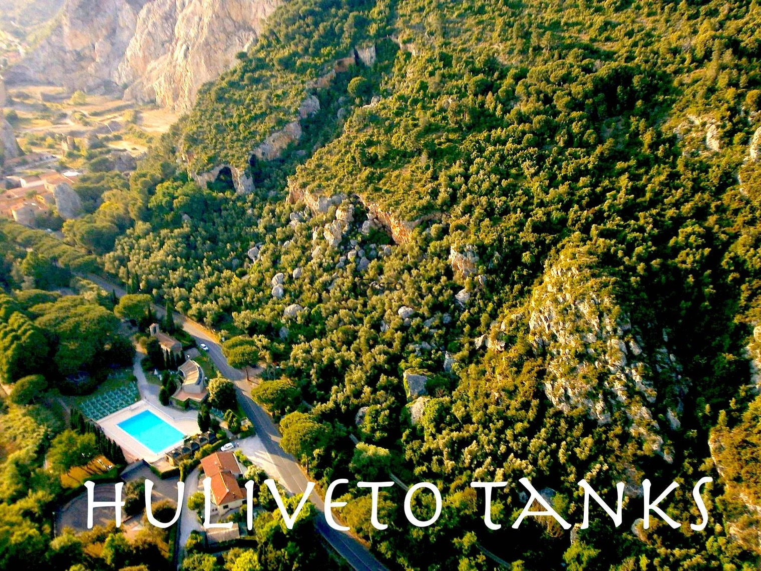"""Photo of """"Huliveto Tanks"""", un paradiso per i boulders in Toscana"""