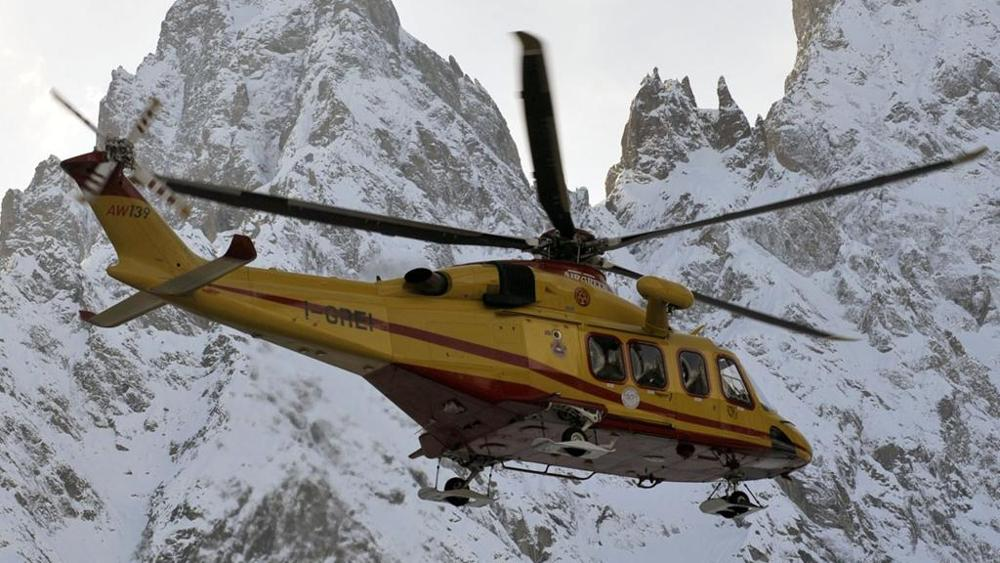 Photo of AGGIORNATO: Sale a 4 il bilancio della valanga che ha travolto 8 scialpinisti in Tirolo
