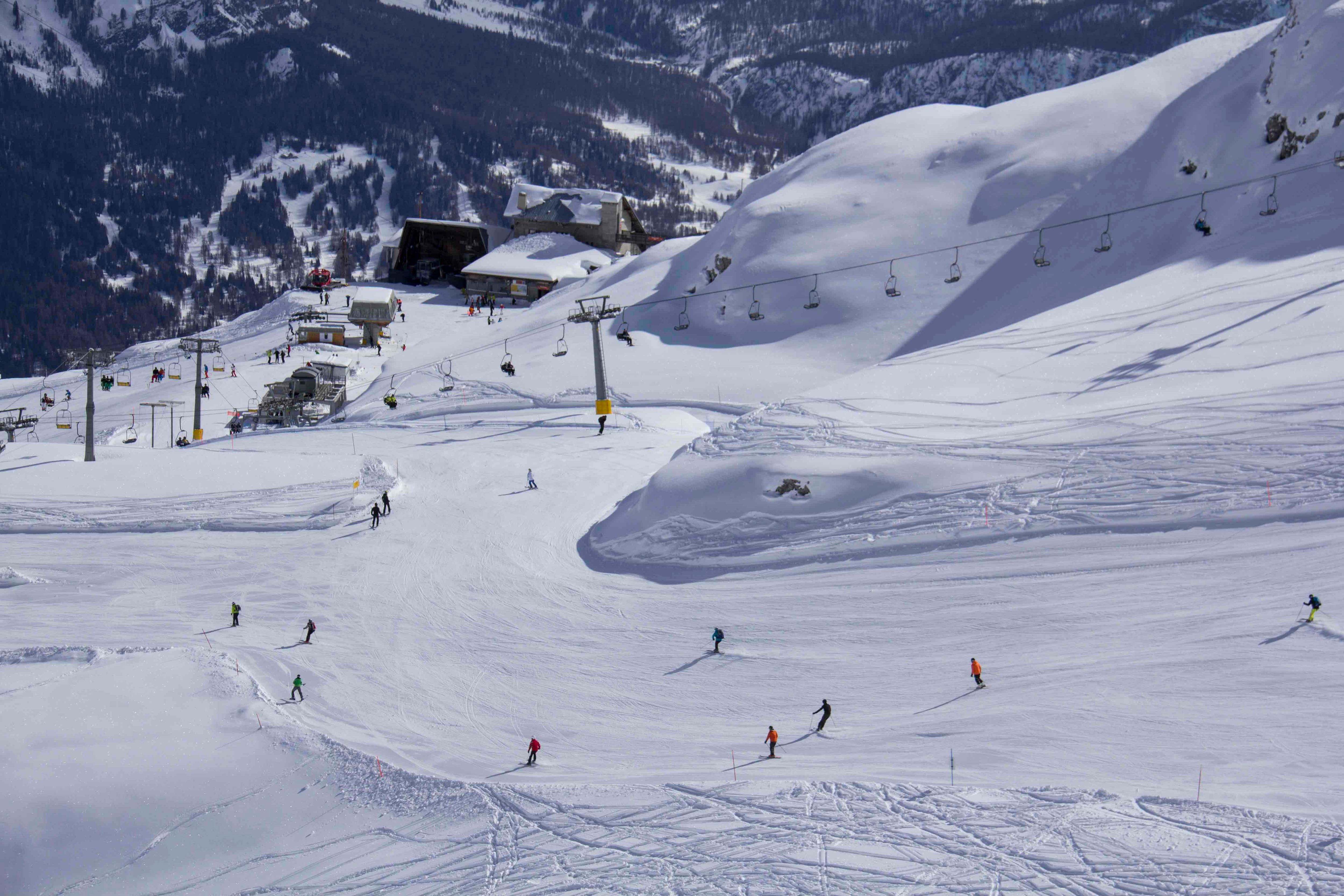 Photo of Nel comprensorio Tofana-Freccia nel Cielo di Cortina d'Ampezzo si scia anche a Pasqua