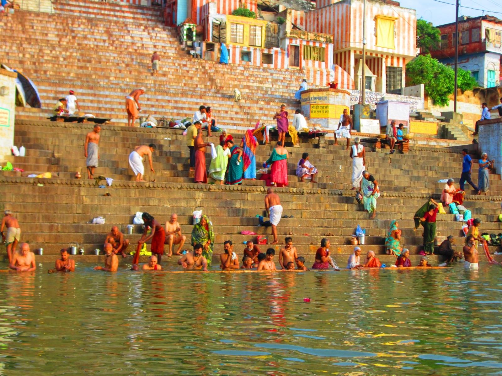 Photo of Fiume Gange, l'inquinamento diventa reato contro la persona