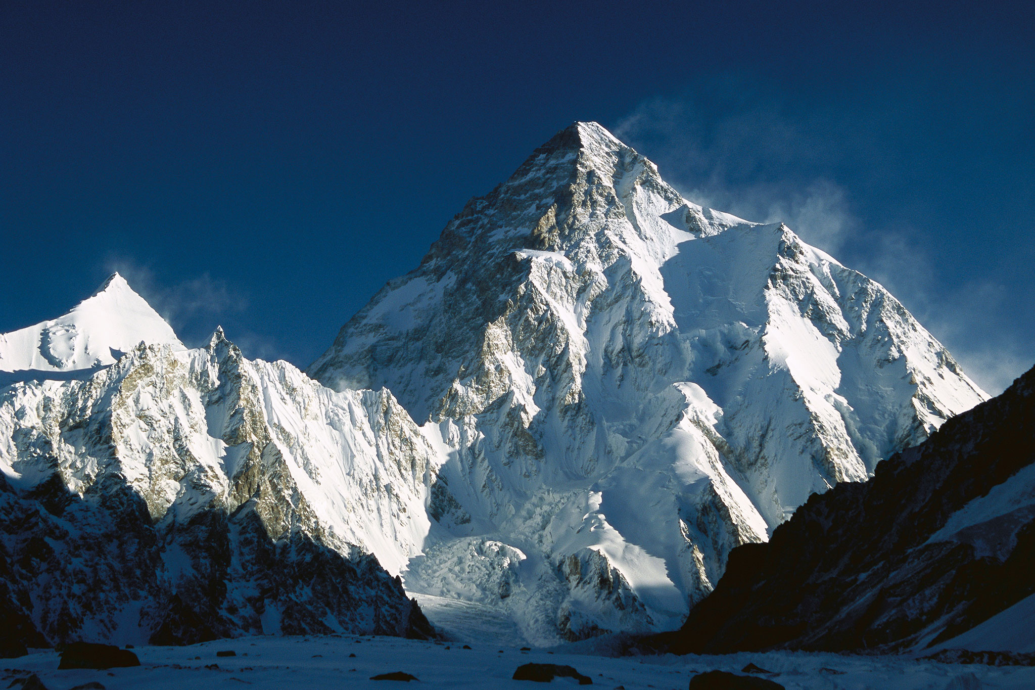 Photo of K2 montagna di gloria e di morte