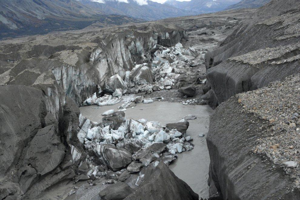 Photo of Canada, il riscaldamento globale ha rubato un fiume
