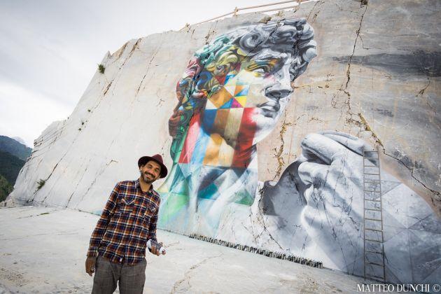 """Photo of Le Alpi Apuane hanno il loro """"David"""", grazie allo streetartist Kobra"""