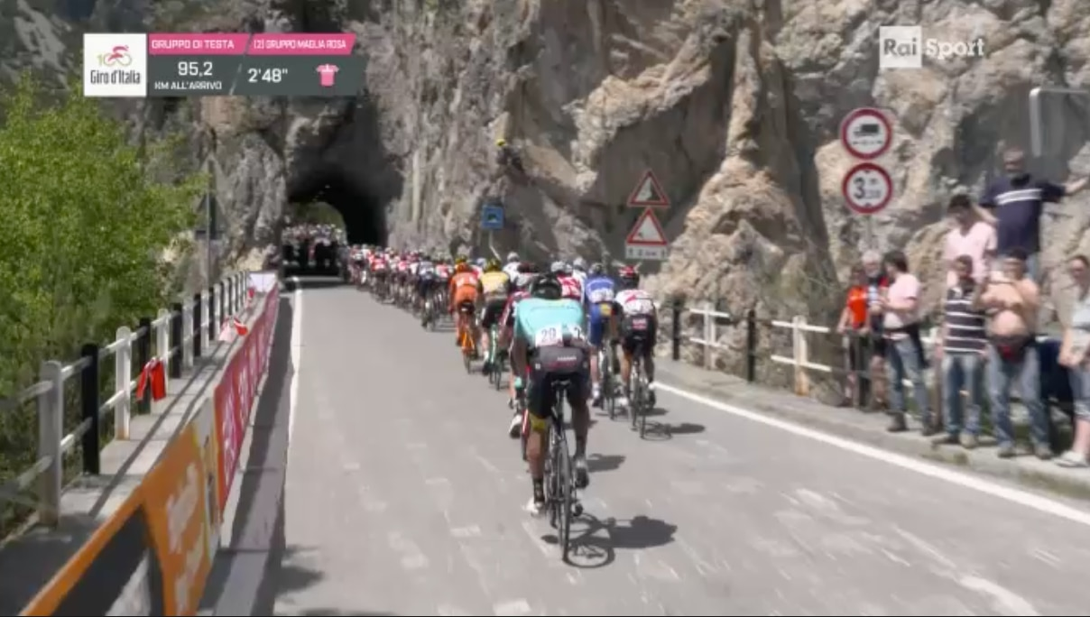 Photo of Giro d'Italia: oggi tappone alpino e Cima Coppi. Seguila LIVE