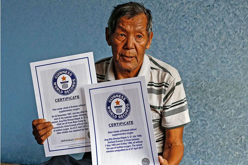 Photo of Addio a Ang Rita Sherpa, l'uomo delle 10 volte sull'Everest senza ossigeno