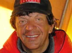 """Photo of """"Luci di Solidarietà"""", una camminata notturna benefica in ricordo di Mario Merelli"""