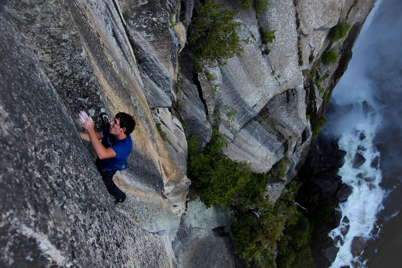 Photo of L'El Capitan cede ad Alex Honnold, sua la prima salita in free solo