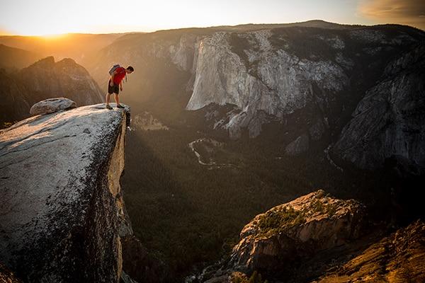 "Photo of L'eco dell' ""El Cap"" di Honnold va oltre i confini dell'arrampicata: le reazioni"
