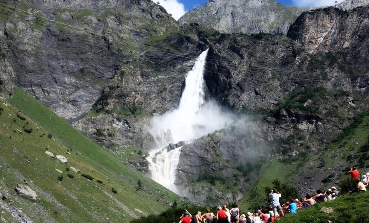 Photo of Domenica il primo imperdibile spettacolo con le Cascate del Serio