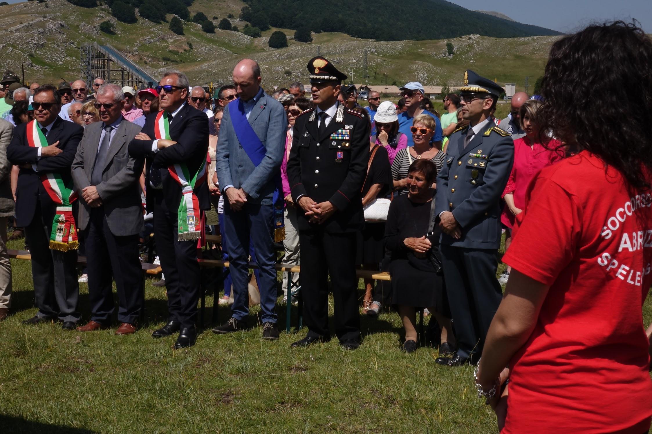 Photo of Ai piedi del Monte Cefalone si ricordano le vittime di Campo Felice