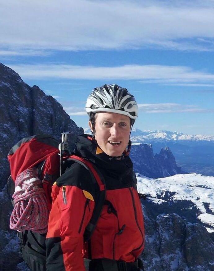 Photo of Valanga uccide un membro del Soccorso Alpino di Siusi sul Grossglockner