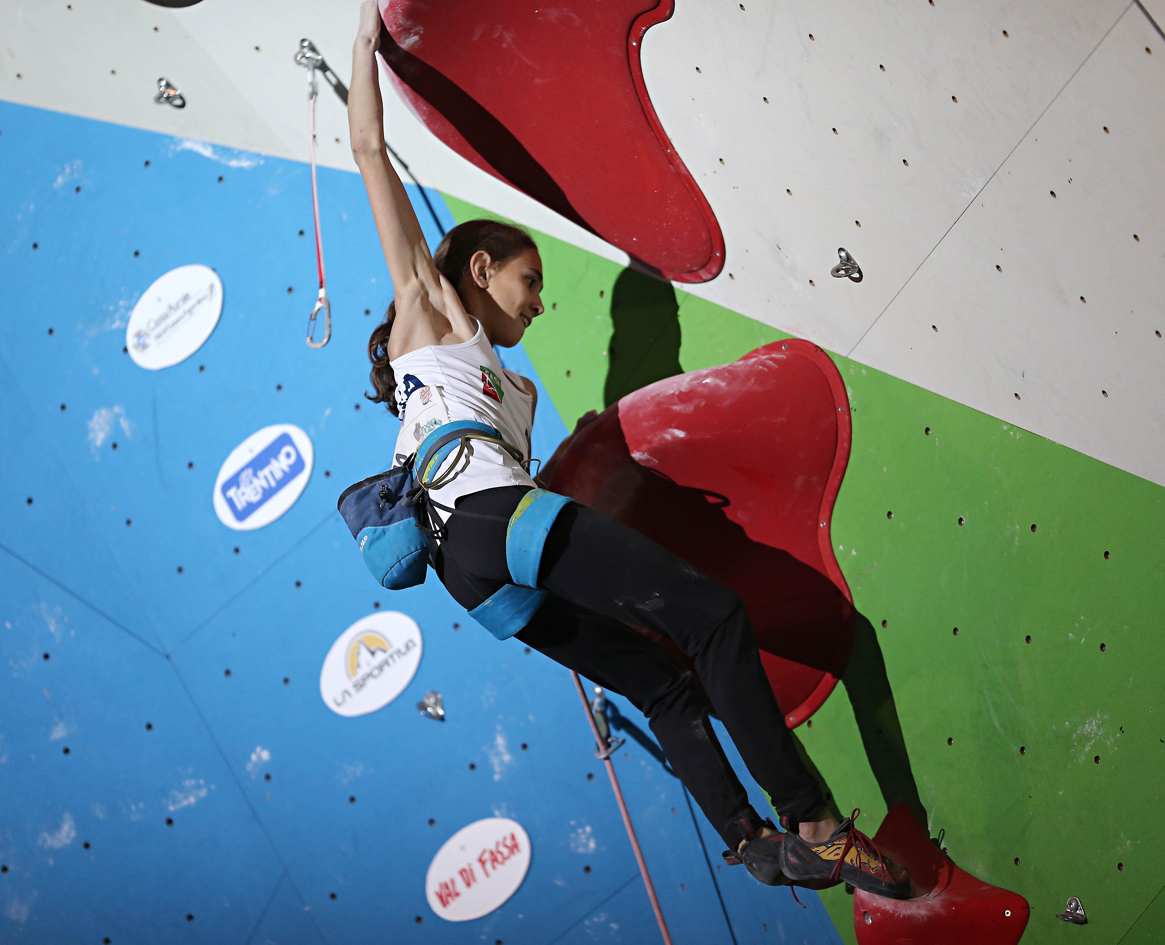 Photo of Europeo Lead: Ondra secondo. Grande Laura Rogora. Ospiti d'eccezione: Mauro Corona e Simone Moro