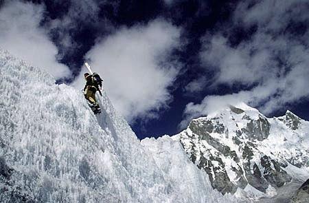 Photo of Davo Karnicar rinuncia alla discesa in sci dal K2