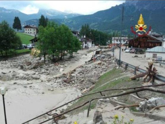 Photo of Frana ed esondazione a Cortina. Muore una donna