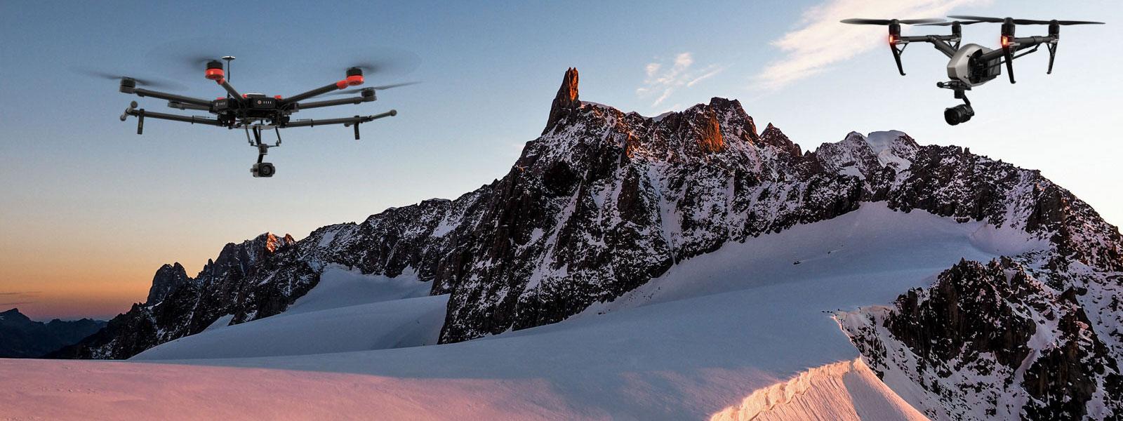 """Photo of La gendarmeria di Chamonix: """"Niente droni sul Monte Bianco"""""""