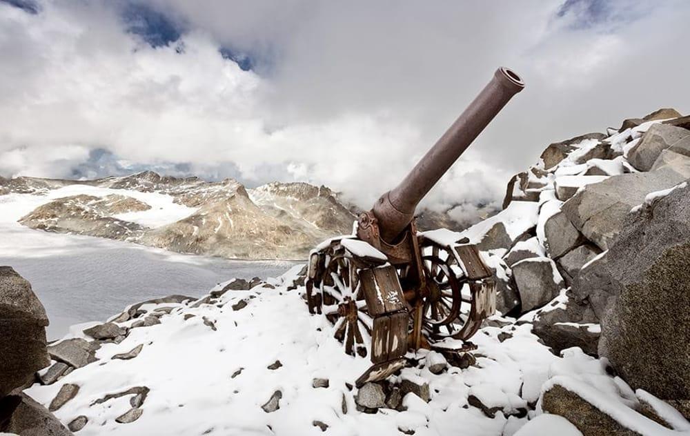 """Photo of In Mostra: """"La Guerra Bianca"""", la Prima Guerra Mondiale sul fronte dei ghiacciai"""