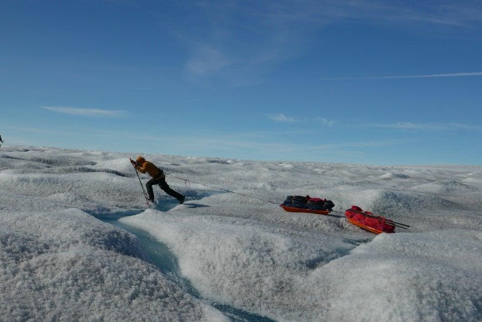 Photo of Traversta della Groenlandia con gli sci: le foto dai ghiacci che resistono