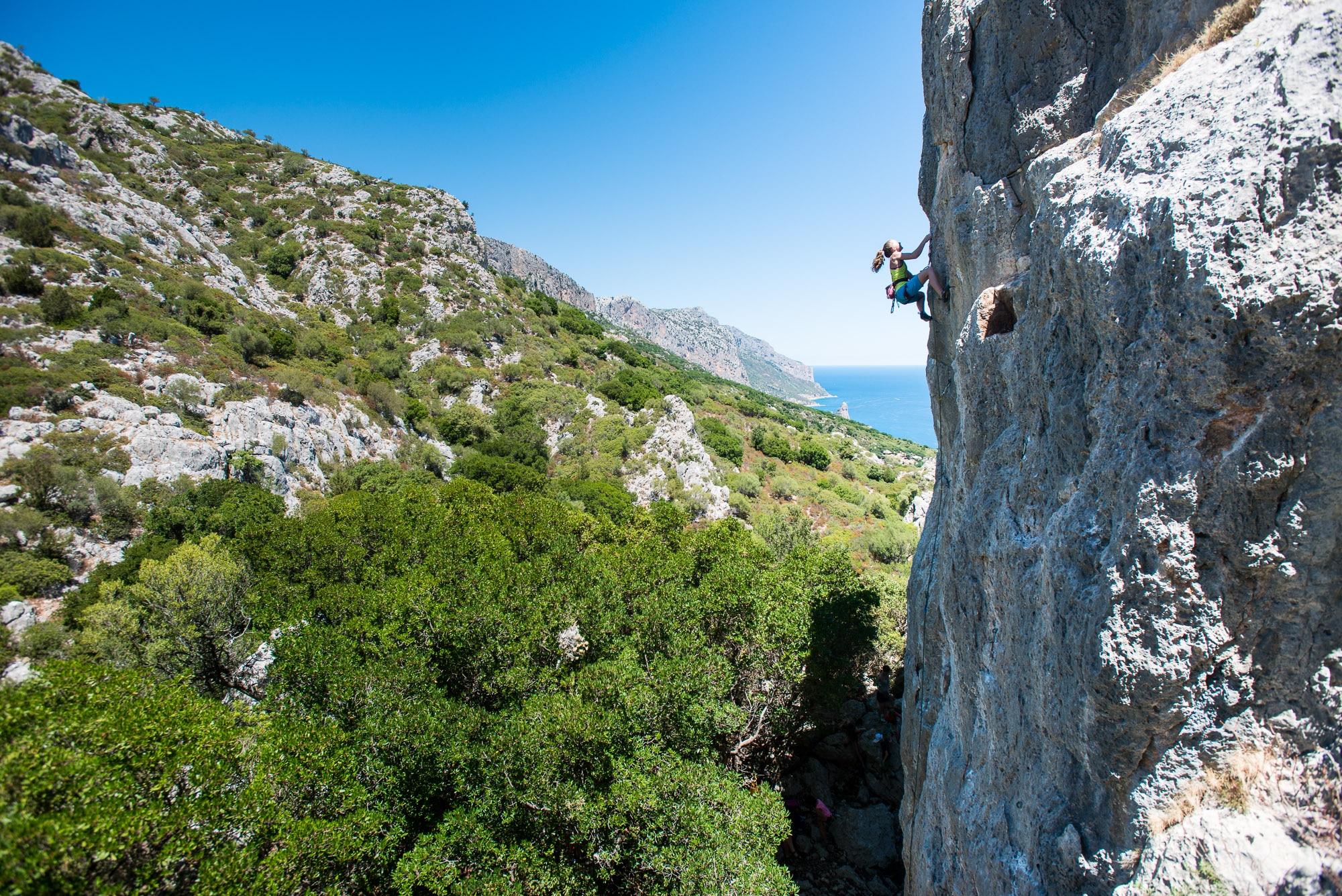 """Photo of Nuove falesie in Sardegna: """"L'isola che non c'è"""" e """"Alcarta"""" – di Riky Felderer"""