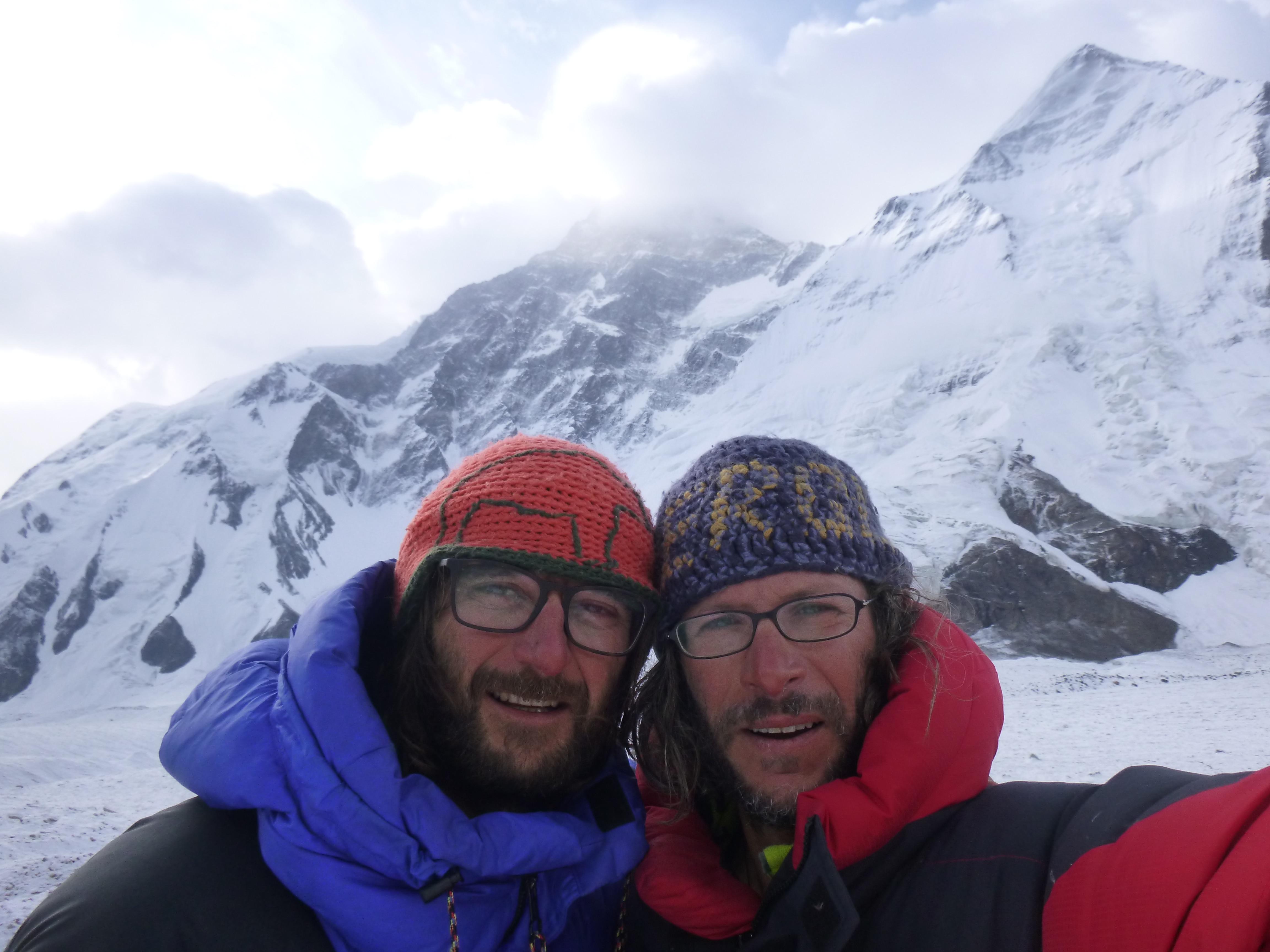 Photo of Il Signore del cielo: spedizione al Khan Tengri – 7.010 mt
