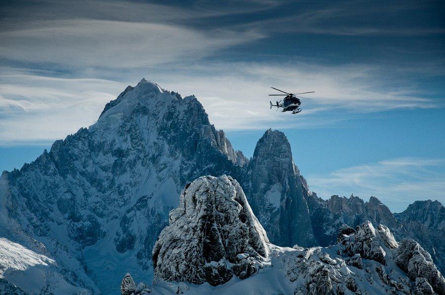 Photo of Monte Bianco: due alpinisti perdono la vita sul Couloir du Gouter