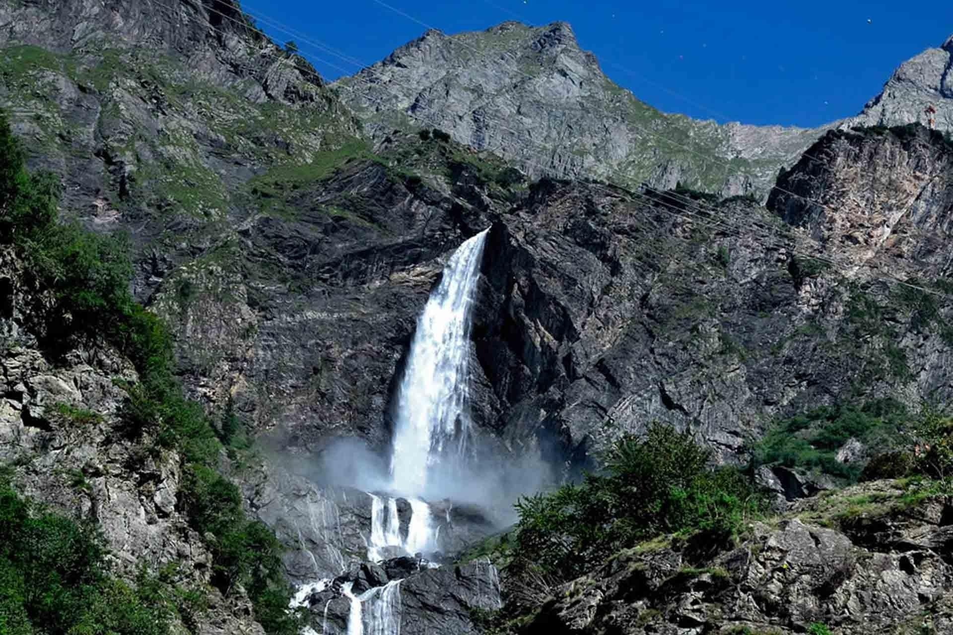 Photo of Domenica 15 ottobre l'ultima apertura delle cascate del Serio