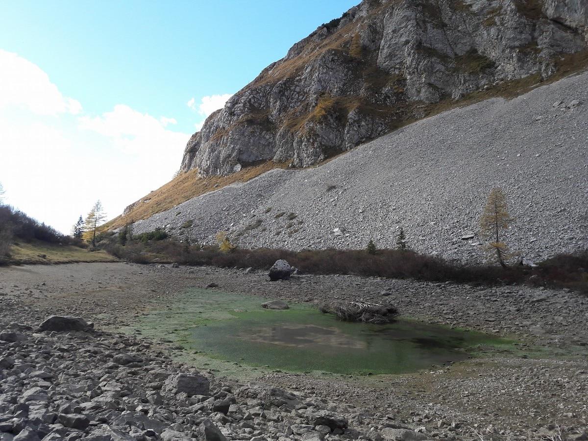Photo of Siccità anche in montagna, la triste immagine del lago Spigorel prosciugato