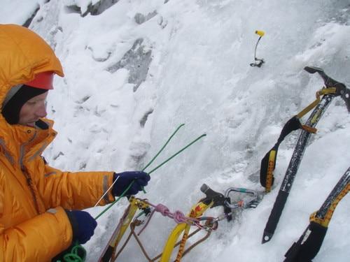 Photo of La storia di Abalakov: tra calate su ghiaccio e spionaggio