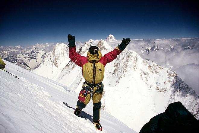 Photo of 31 dicembre 1988: Krzysztof Wielicki raggiunge la cima del Lhotse in solitaria
