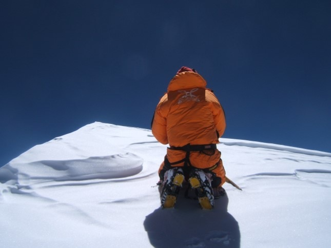 Photo of Esordio sul K2, Romano Benet racconta il primo 8000 con Nives