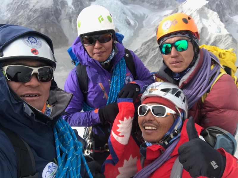 Photo of Prima assoluta invernale al Mt. Langdung in Himalaya per una cordata sherpa