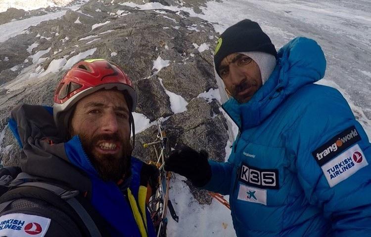 Photo of Alex e Ali: in vetta al Pumori (7.161 m)