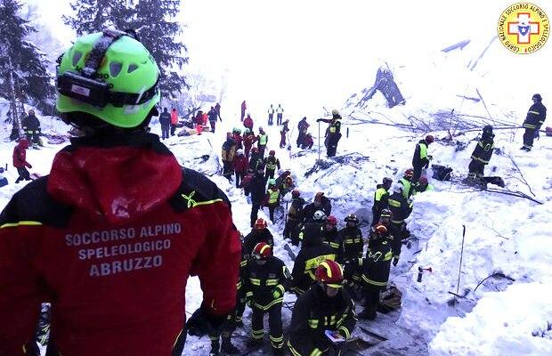 Photo of Il ricordo del Soccorso Alpino ad un anno dalla tragedia di Rigopiano