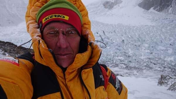 Photo of Denis Urubko per la terza volta al Gasherbrum II. Obiettivo: una via nuova