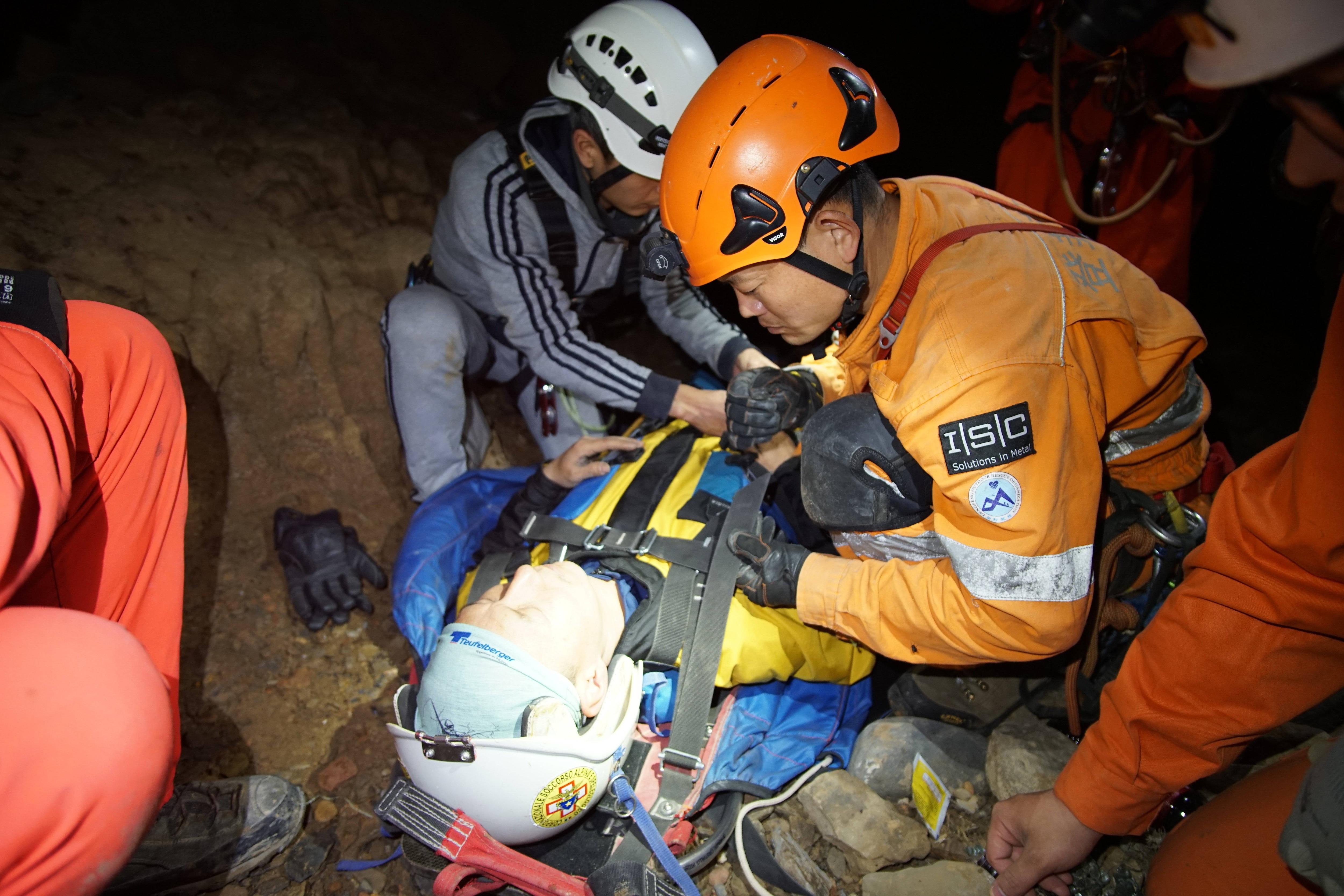 Photo of I tecnici del Soccorso Alpino friulano in Cina per formare i soccorritori in grotta