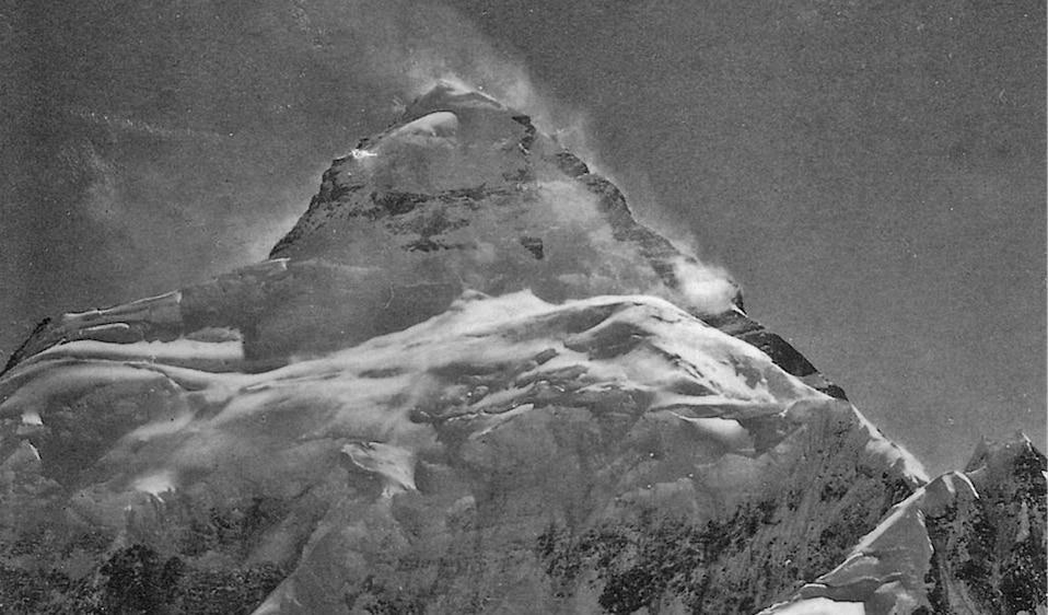 """Photo of Schegge di K2: """"Roberto Lerco, il primo a raggiungere il K2"""" – di Roberto Mantovani"""