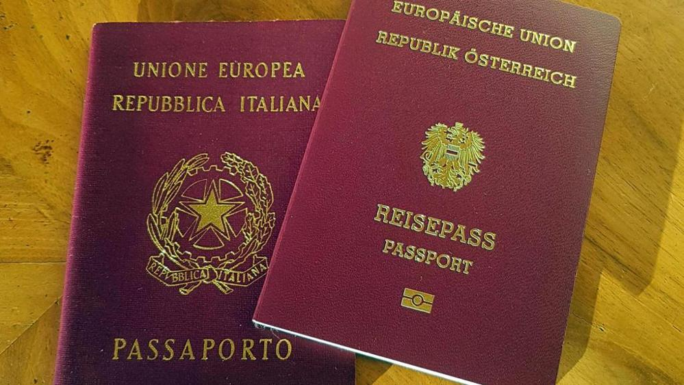 Photo of Passaporto austriaco agli altoatesini? Vienna frena