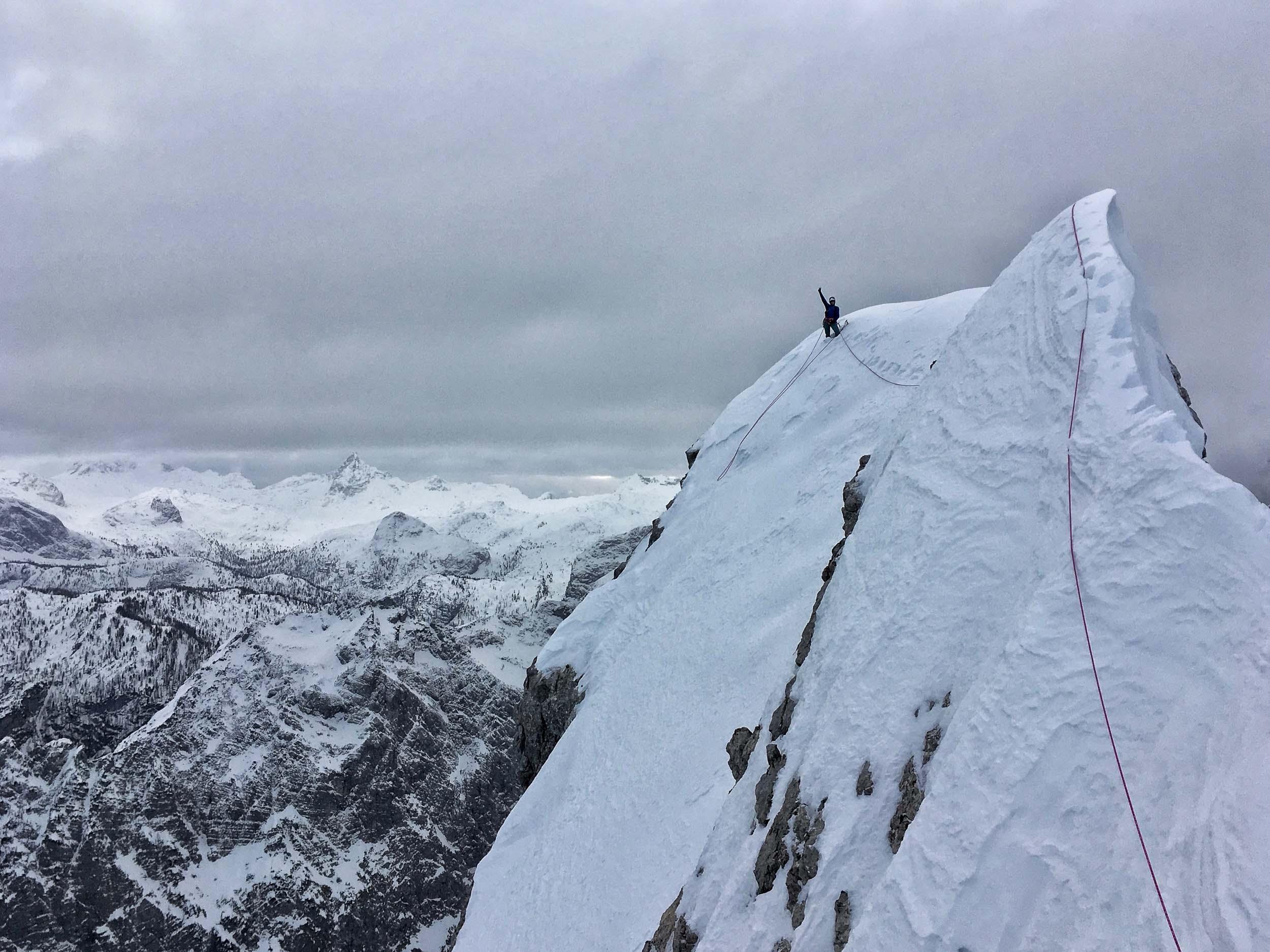 Photo of Ines Papert e Luka Lindic: 3500 metri di dislivello per prepararsi alla sud dello Shisha