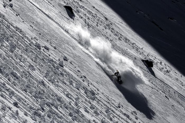 Photo of Click on the Mountain, fotografie mozzafiato e freeride in scena a Courmayeur