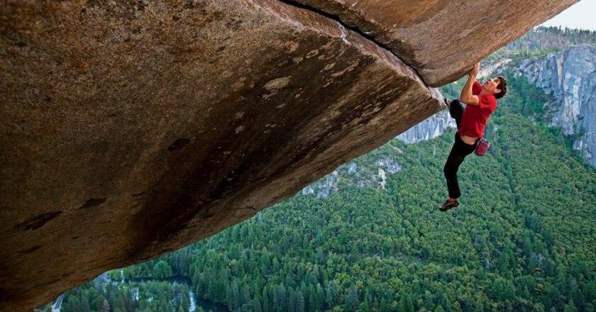 Arrampicata sportiva, free climbing, benefici, autostima