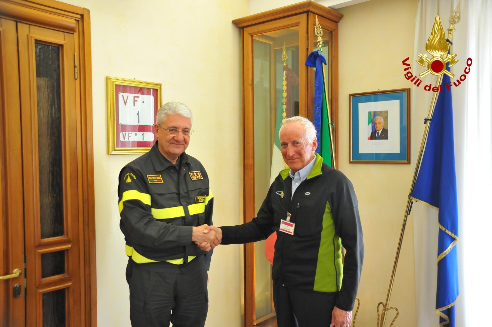 Photo of Guide Alpine e Vigili del Fuoco, ufficiale l'accordo