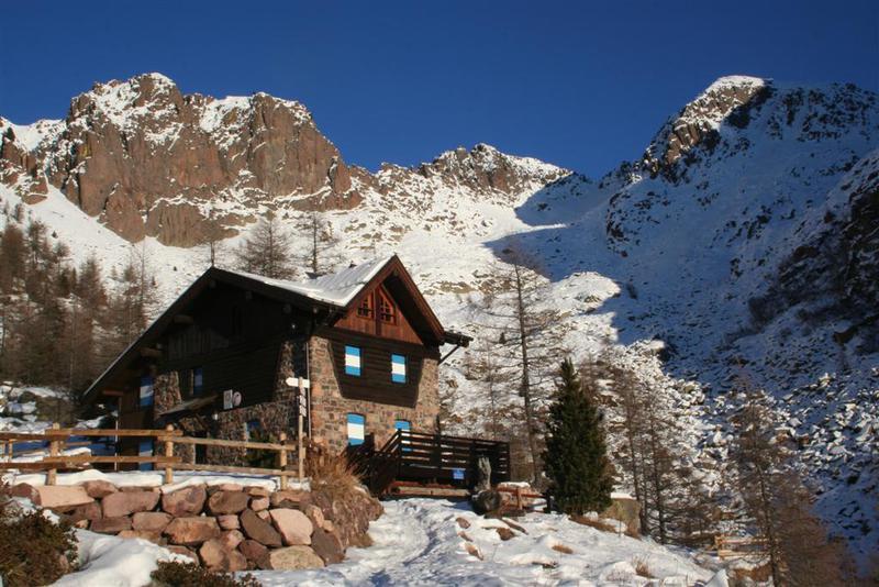 Defibrillatori, rifugi, Trentino