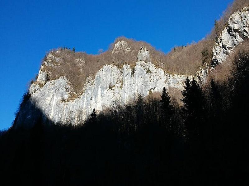 Photo of Val di Scalve, 120 vie per arrampicare: apre la falesia della Via Mala
