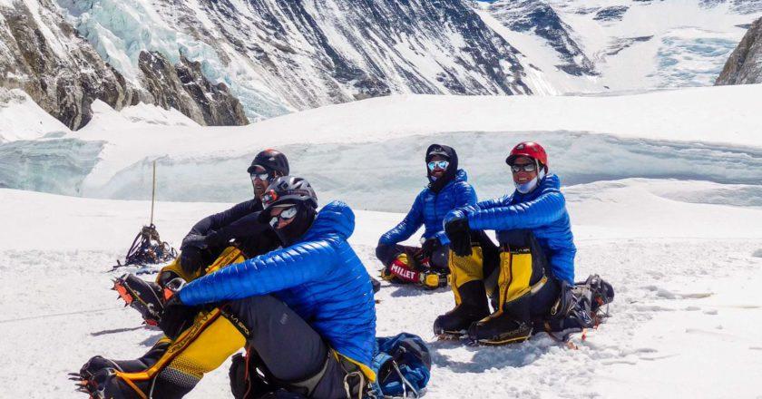 Everest, sherpa, tetto del mondo, alpinismo, ottomila