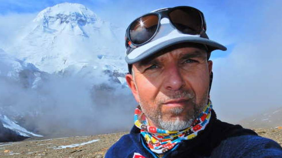 Photo of Boyan Petrov disperso sullo Shisha Pangma