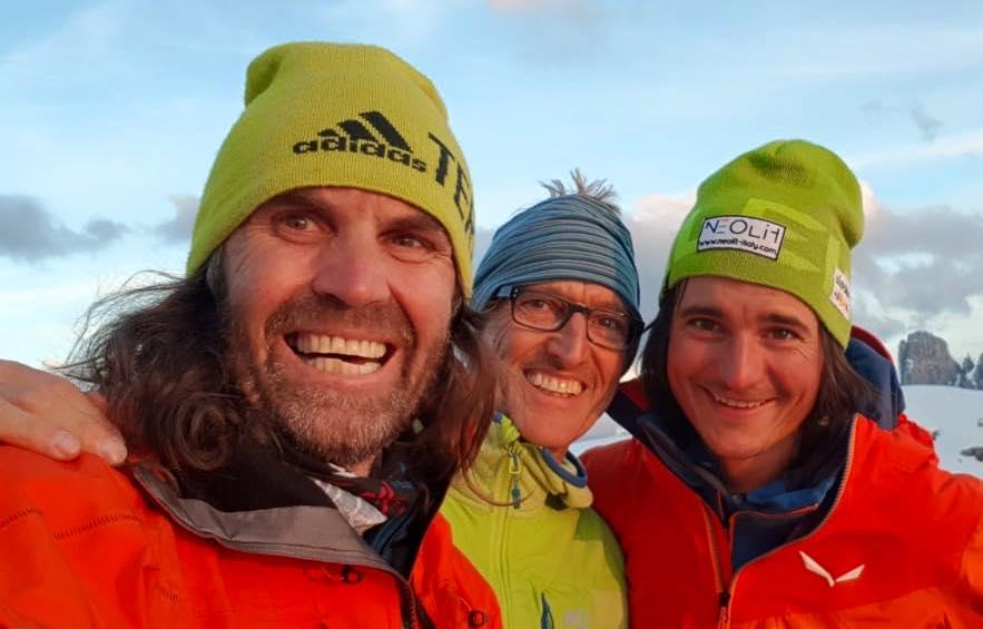 Photo of Thomas Huber, Simon Gietl e Rainer Treppte ripetono La Strada sulla nord della Cima Grande di Lavaredo