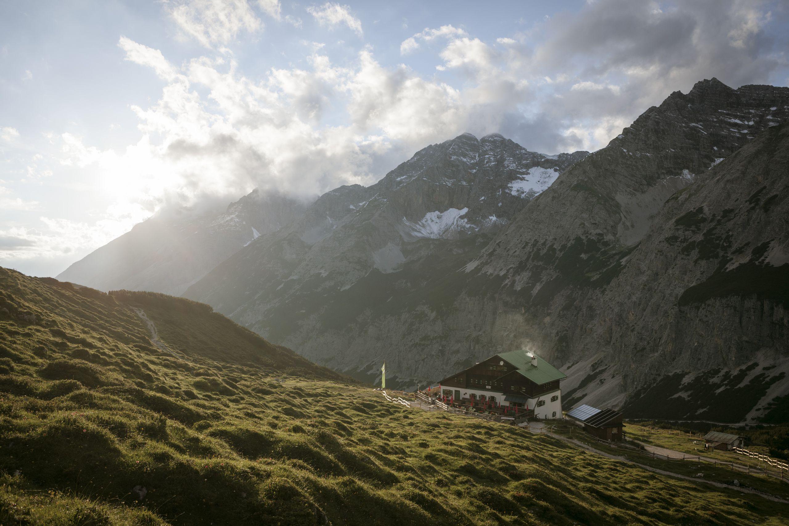 titolo, montagna, escursionismo, mtb, itinerari