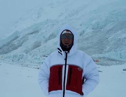 Photo of Traversata Everest-Lhotse: Hamor e Colibasanu scoraggiati dalle condizioni